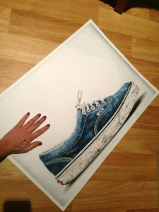 Shoe-Drawing pencil by Elle Wills-illustration-draw-inspiration