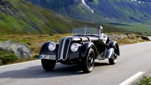 The-Best-Vintage-Car-Wallpapers-6-Best Vintage Car-wv-aston martin-ferarri