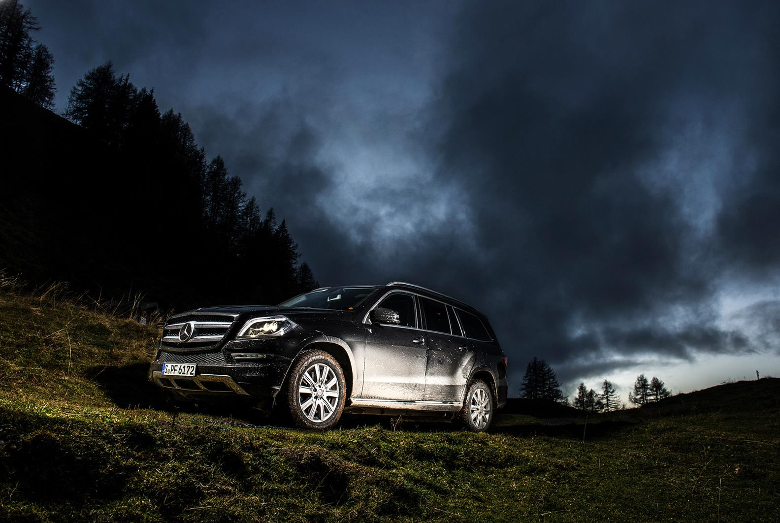 mercedes-benz-gl500-stunning car pictures