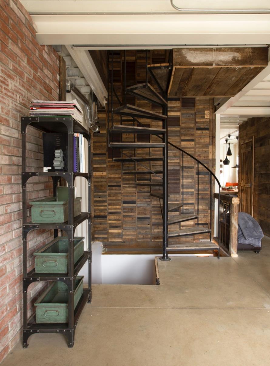 3163610-900-1445852799P116920675-design-container-architecture-loft-amazing