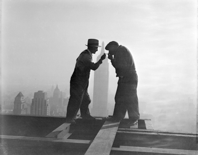 Smoke break at height during construction RCA Building, 1932