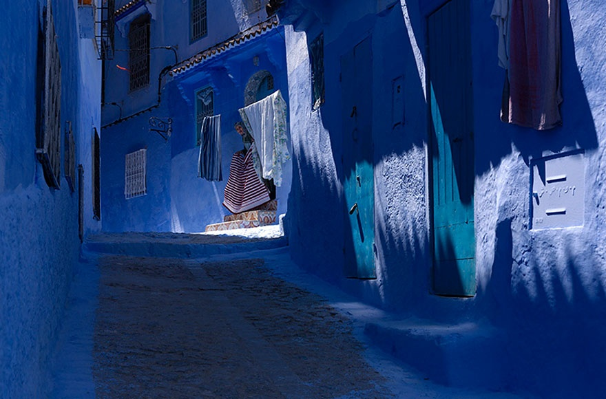 422155-880-1457695400-blue-streets-of-chefchaouen-morocco-9