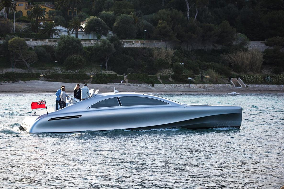 Mercedes-Benz-Arrow-460-Granturismo-Yacht-02-1-design-bussines-design-mercedes