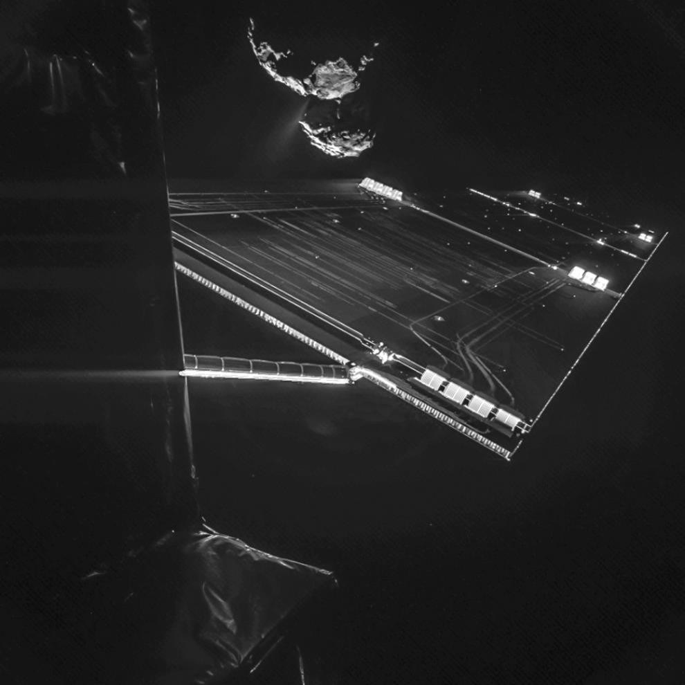 -Rosetta_mission_selfie_at_16_km-stock-mages-creative-photos-stock-pgotos-online-photo-purchase