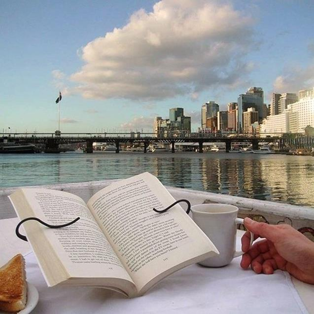 A book holder for outside reading