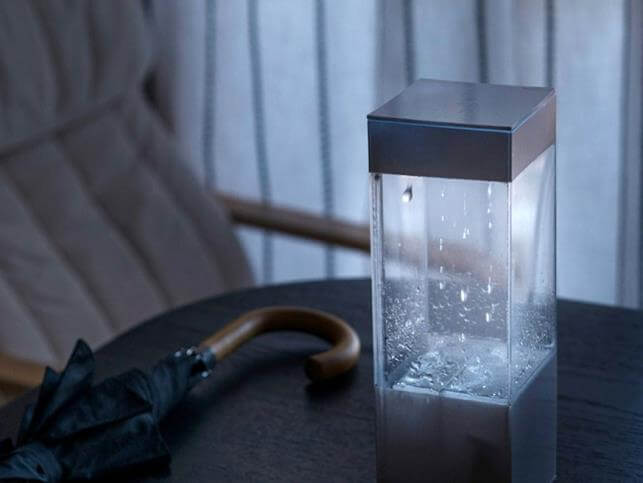 The device, which shows tomorrow's weather